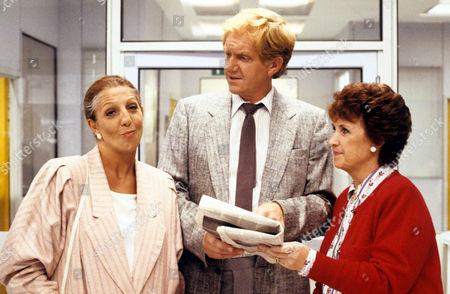'Surgical Spirit'  TV - 1990 - Joyce Watson [Marji Campi], Sheila Sabatini [Nichola McAuliffe], Jonathan Haslam [Duncan Preston]