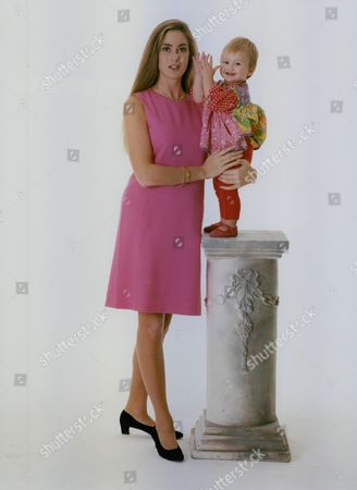 Model And Single Mother Jordana Cook With 13-month-old Daughter Tatiana Whose Father Is Marks & Spencer Heir Jonathan Sieff. Box 759 1025051714 A.jpg.