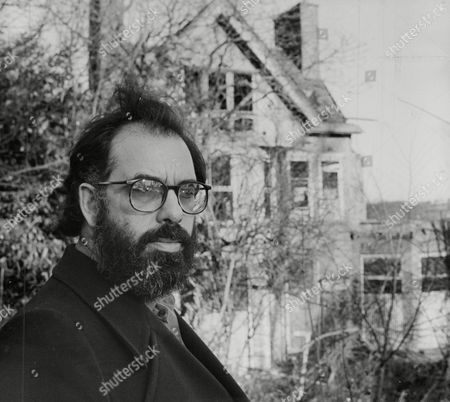 Film Director Francis Ford Coppola Visits The Home Of His Hero Alexander Korda. Box 759 925051722 A.jpg.