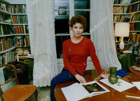 Actress Adrienne Corri. Box 760 1030051760 A.jpg.