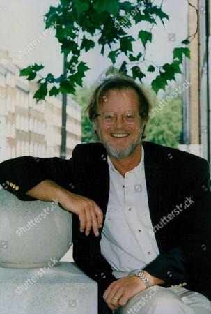 Bernard Cornwell Author Of The Sharpe Novels. Box 760 1030051735 A.jpg.