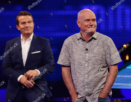 (Sat 14th Oct 2017) - (l-r) Host Bradley Walsh with Dave Johns.