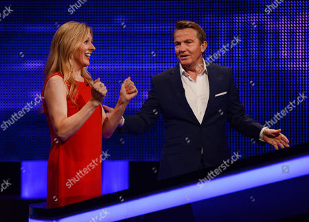 (Sat 14th Oct 2017) - Naomi Wilkinson faces The Chaser with host Bradley Walsh