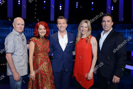 (Sat 14th Oct 2017) - (l-r) Dave Johns, Carrie Grant host Bradley Walsh, Naomi Wilkinson and Christian O'Connell