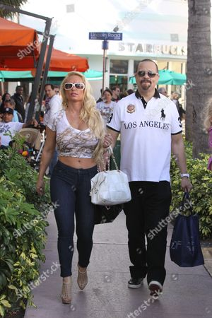 Editorial photo of Ice-t, 52, and Wife Nicole 'coco' Austin, 31, Shopping in Miami