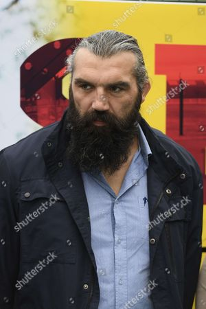 Sebastien Chabal before the exhibition match of the Varietes Club de France