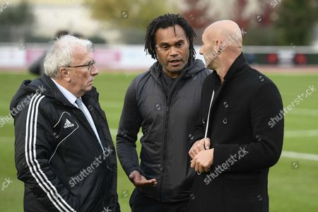 Jacques Vendroux, Christian Karembeu and Fabien Barthez before the exhibition match of the Varietes Club de France
