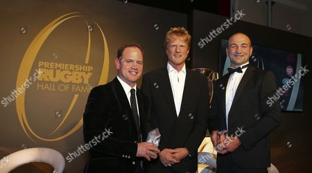 Kyran Bracken and Steve Borthwick is presented the inducted award from Hugh Vyvyan during the Premiership Rugby Hall of Fame at Honourable Artillery Company, London, England on Thursday 12th of October 2017 - (