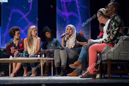 Amani Al-Khatahtbeh, center, speaks during the family meeting at Together Live on in Washington