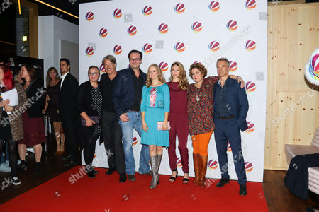 Vera Kasimir, Produzent Christian Popp, Susanne Bormann, Stephanie Krogmann, Muriel Baumeister, Hannes Jaenicke