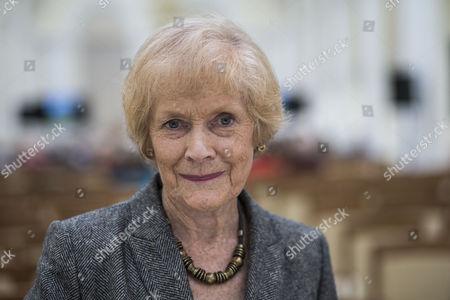 Sue MacGregor.