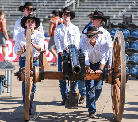 The Texas Cowboys bring out the cannon prior to the Red River Showdown NCAA Football game between the University of Oklahoma Sooners and the University of Texas Longhorns at the Cotton Bowl Stadium in Dallas, TX Michael Dorn/CSM