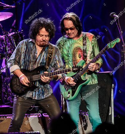 Steve Lukather and Todd Rundgren