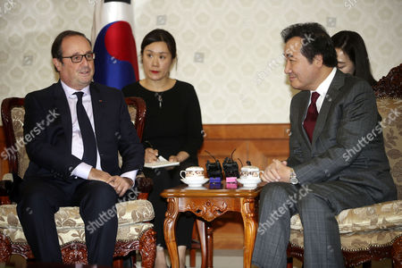 Stock Picture of Lee Nak-yon and Francois Hollande