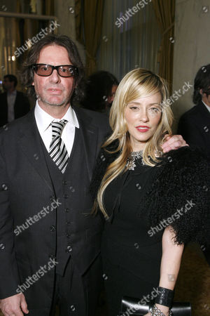 Jeff Levy and wife Pamela Skaist-Levy