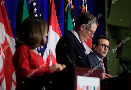 Robert Lighthizer, Chrystia Freeland, Ildefonso Guajardo Villarreal. Mexico's Secretary of Economy Ildefonso Guajardo Villarreal, right, with Canadian Minister of Foreign Affairs Chrystia Freeland, left, and United States Trade Representative Robert Lighthizer, center, speaks during the conclusion of the fourth round of negotiations for a new North American Free Trade Agreement (NAFTA) in Washington
