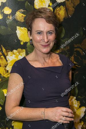 Helen Schlesinger (Katherine Sanchez)