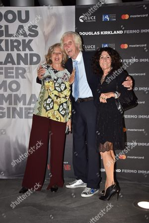 Douglas Kirkland with his wife Francoise and Giovanna Melandri