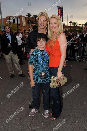 Gena Lee Nolin Husband, Cale Hulse and son