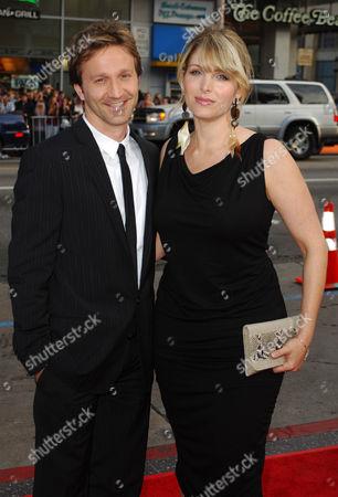 Breckin Meyer and wife Deborah Kaplan