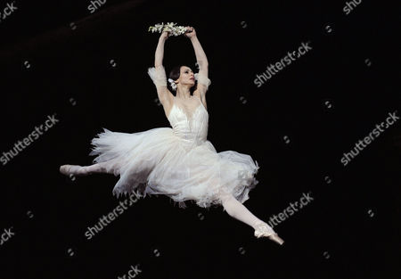 'Giselle' - Roberta Marquez