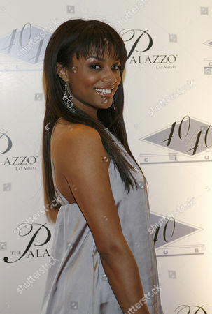 Alesha Renee Pictured at the Grand Opening of Jay-z's 40/40 Club in Las Vegas the Palazzo Las Vegas Nevada December 30 2007 Â Usa Las Vegas