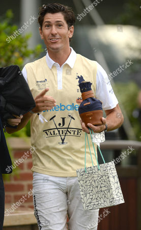 Wellington Fl - May 04: Nic Roldan Are Seen During the Awards Ceremony at the Sentebale Royal Salute Polo Cup On May 4 2016 in Wellington Florida People: Nic Roldan ***no Uk*** United States of America Wellington