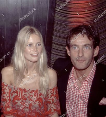 Valentino Claudia Schiffer and Tim Jeffries at Valentino Party at the Four Seasons in Ny June 14 2000 Â