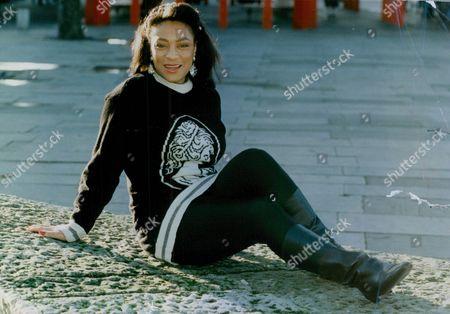 Actress Dona Croll. Box 767 1026061755 A.jpg.
