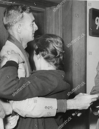 Missionary Brian Cripps Is Greeted By Fiancee Sheila Johnson After Being Rescued From The Congo. Box 767 326061734 A.jpg.