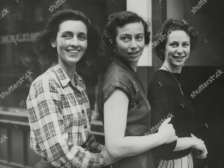 Actresses L-r: Rosalie Crutchley Margot Van Der Burgh And Clare Austin Who Are To Appear As Sisters In The Tv Play: The Three Sisters. Box 768 82906171 A.jpg.