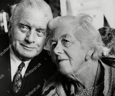 Margaret Rutherford Actress 74 With Her Husband Stringer Davis. Box 777 704081732 A.jpg.