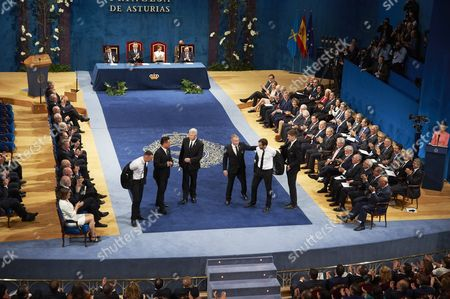 King Felipe VI of Spain, Queen Letizia, Steve Tew, Grant Fox, Keven Mealamu, Conrad Smith, Israel Dagg, Jordie Barrett during the Princesa de Asturias Awards ceremony