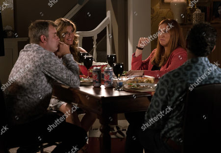 Ep 9284 Wednesday 27th October 2017 - 2nd Ep After in invite from Dev Alahan, as played by Jimmi Harkishin, and Gina Seddon, as played by Connie Hyde, Steve McDonald, as played by Simon Gregson, finds himself on the double date from hell with Moira, as played by Louiza Patikas.