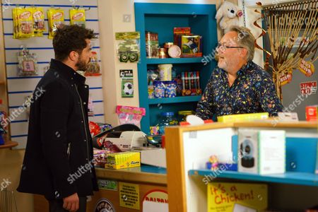 Stock Picture of Ep 9293 Monday 6th November 2017 - 1st Ep Moira calls in the Kabin and is instantly attracted to Colin. Adam Barlow, as played by Sam Robertson, pays Colin Callen, as played by Vic Reeves, a visit and explains that Rita has changed her mind over her flat. Colin insists it's too late as it's a done deal. Moira's, as played by Louisa Patikas, impressed by his attitude.
