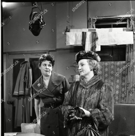 Pat Phoenix (as Elsie Tanner) and Avril Angers (as Norah Dawson)