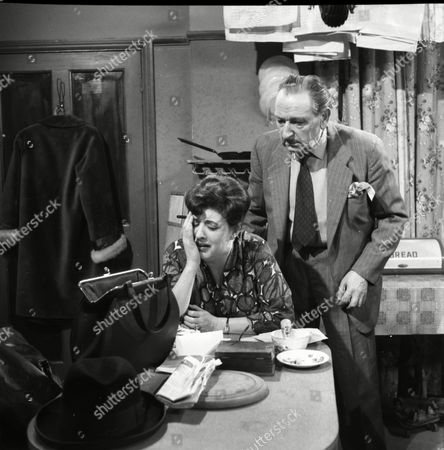 Stock Photo of Pat Phoenix (as Elsie Tanner) and Frank Crawshaw (as Arnold Tanner)