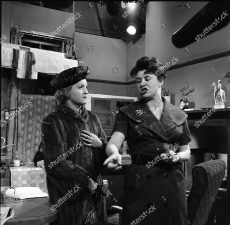 Avril Angers (as Norah Dawson) and Pat Phoenix (as Elsie Tanner)