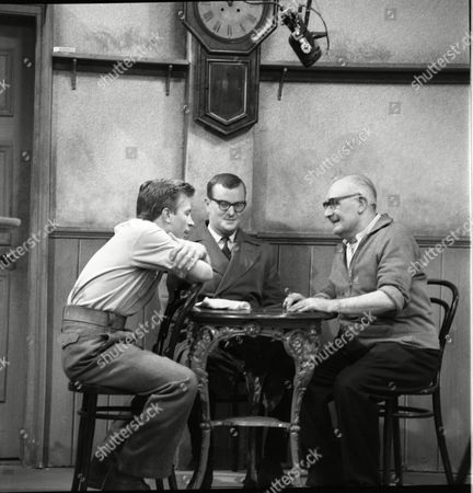 Kenneth Farrington (as Billy Walker), Cavan Malone (as Gordon Davies) and Arthur Leslie (as Jack Walker)