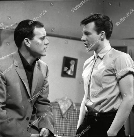 Kenneth Cope (as Jed Stone) and Philp Lowrie (as Dennis Tanner)