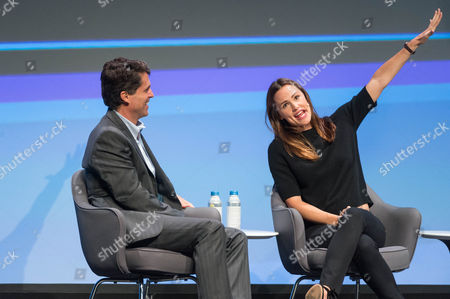Mark Shriver, Senior Vice President, US Programs and Advocacy, Save the Children; President, Save the Children Action Network, and actress Jennifer Garner speak at the Edison Talks at Chicago Ideas Week.