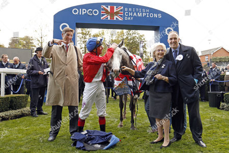 PERSUASIVE (Frankie Dettori) with Patricia Thompson and Chris Richardson after The Queen Elizabeth II Stakes Ascot