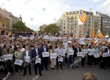 Catalan regional president Carles Puigdemont, Oriol Junqueras, Carme Forcadell and Artur Mas i Gavarro