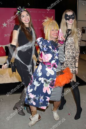 Betsey Johnson (c) and Models
