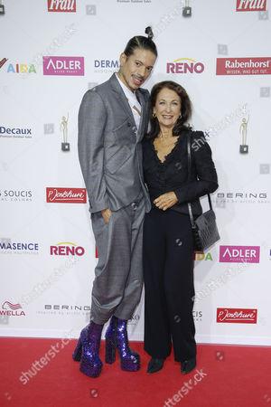 Jorge Gonzalez and Daniela Ziegler