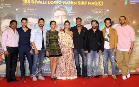 Stock Photo of Johnny Lever, Kunal Khemu, Shreyas Talpade, Parineeti Chopra, Tabu, Ajay Devgan, Arshad Warsi, Tushar Kapoor and Rohit Shetty