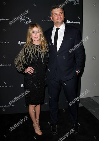Tom Welling and Jessica Rose Lee