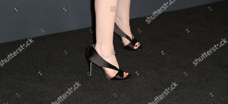 Michelle Trachtenberg, Shoe Detail