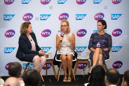 Jenni Lewis, Micky Lawler & Lindsay Davenport unveil SAP Tennis Analytics during a presentation