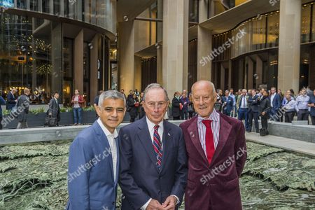 Sadiq Khan, Michael Bloomberg and Norman Foster with the work of artist Cristina Iglesias